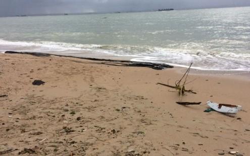 Buscas por vítimas de acidente com lancha na Bahia são retomadas nesta sexta-feira
