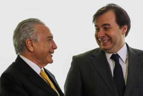 OAB aciona Supremo para que presidente da Câmara analise pedidos de impeachment contra Temer