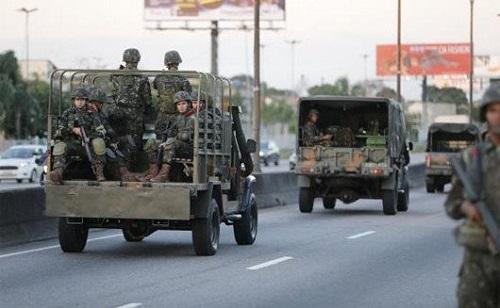 Militares são enganados por Temer e suspendem ações de segurança no Rio de Janeiro