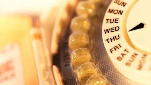 Por que os inventores da pílula anticoncepcional decidiram que as mulheres deveriam continuar menstruando