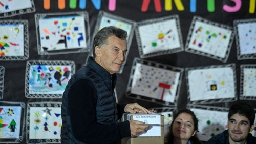 A direita com Macri volta a vencer nas  eleições legislativas na Argentina