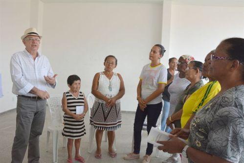 Prefeito visita os CEUs e constata interesse da comunidade em atividades e serviços oferecidos nesses locais