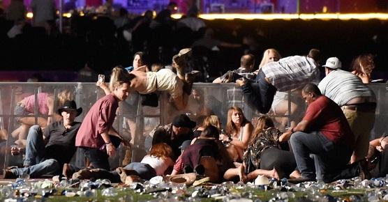 O horror de Las Vegas: 50 mortos, 200 feridos.