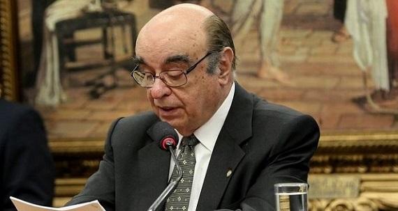 O relator Bonifácio de Andrada pede rejeição de denúncia contra Temer