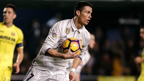 Cristiano Ronaldo é considerado melhor do mundo pela 5ª vez