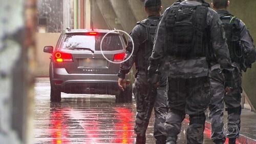 PM do Rio pede prisão preventiva de tenente autor do disparo que matou turista na Rocinha