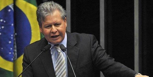 Arthur Virgílio diz que quer concorrer ao Planalto