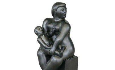Estátua de Botero é roubada  em Paris