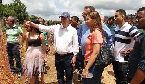 Em visita a Aurelino Leal, Quitéria critica governo federal por reter verbas para a Bahia