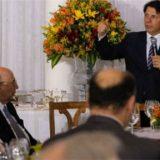 Banquete de Temer no Alvorada mostra governo fraco para aprovar Previdência