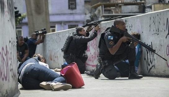 O Brasil vive atualmente em guerra