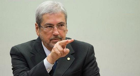 PMDB quer deputado na vaga de Imbassahy