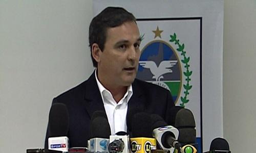 A Polícia Federal prendeu o ex-chefe da Casa Civil do governo do RJ