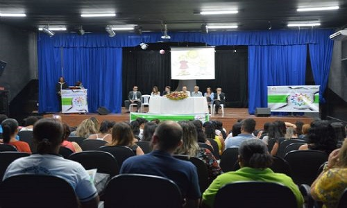 Termina nesta quarta seminário entre conselheiros tutelares de Feira e mais cinco cidades
