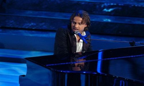 Morre o cantor italiano Enrico Boccadoro