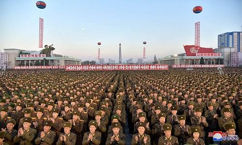 Coreia do Norte  celebra lançamento de míssil intercontinental