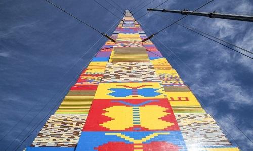 Torre de Lego de 36 metros é construída em Israel