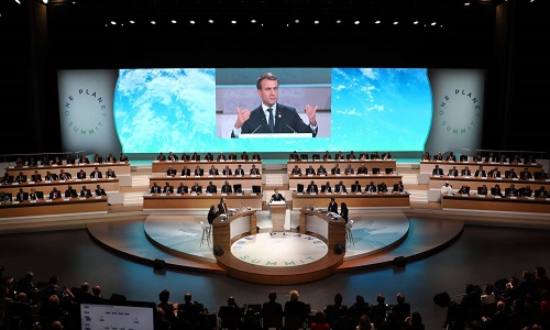 Macron tenta mobilizar recursos para frear o aquecimento global em uma cúpula em Paris