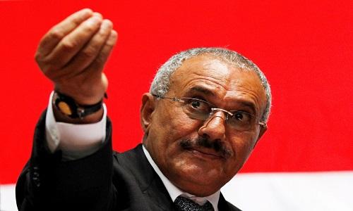 Ex-presidente do Iêmen morre após ser alvo de ataque