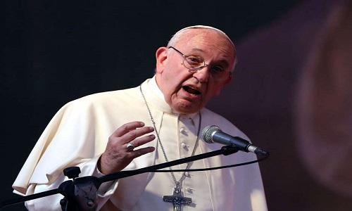 """Papa defende manutenção do estatuto, pede """"sabedoria e prudência"""""""