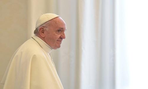 Mundo Papa completa 81 anos e recebe felicitações dos fiéis