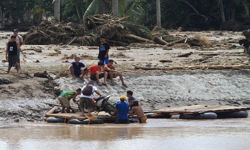 133 o nº de mortos por tempestade nas Filipinas