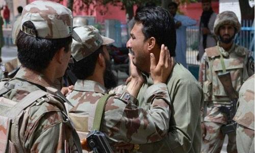 Talibãs matam 11 policiais no Afeganistão