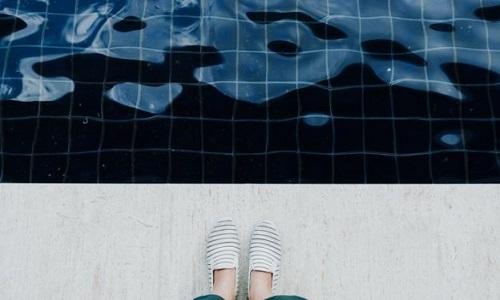 Doenças que você pode pegar em piscinas malcuidadas