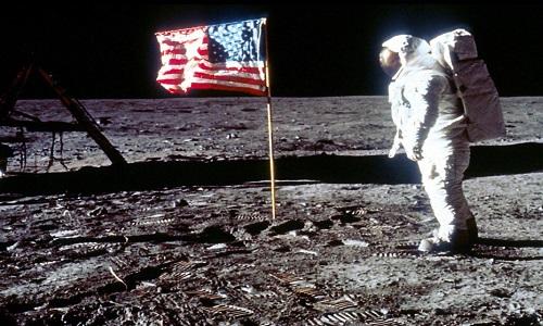 Trump vai enviar americanos para Marte e para Lua