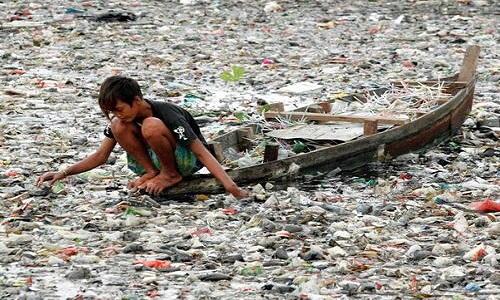 Como a poluição por plástico ameaça a vida na Terra