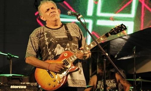 Morre o guitarrista Álvaro Assmar ícone do blues da Bahia