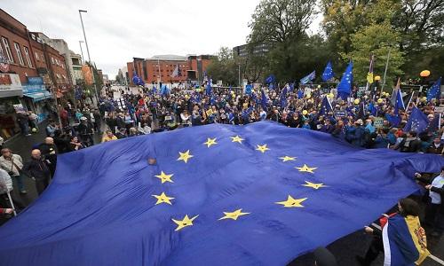 Reino Unido deve sair da União Europeia antes do final de 2020