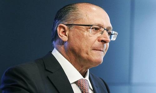 Alckmin quer ser o novo Aécio, o tucano de Temer