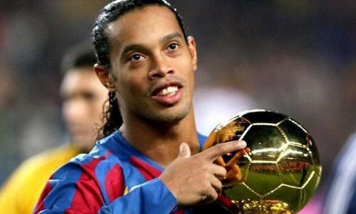 Ronaldinho se vê velho para o futebol profissional