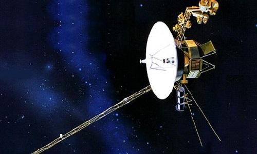 'Viajante espacial' mais antiga da história humana dá sinal de vida após 37 anos