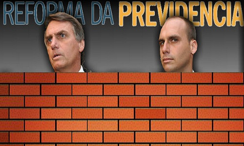 Os  Bolsonaro escondem o voto na Previdência