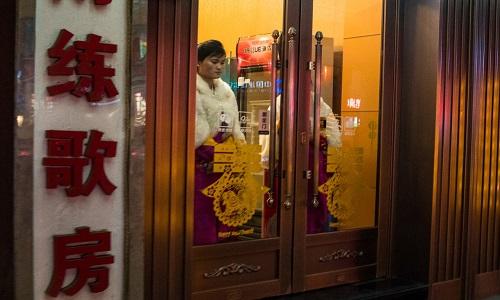 Restaurantes norte-coreanos seguem abertos na China mesmo com as sanções da ONU