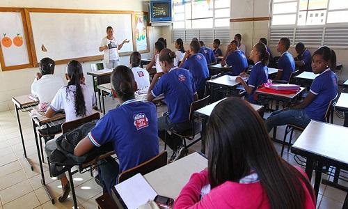 Matrículas para alunos da rede estadual de ensino começam na terça-feira