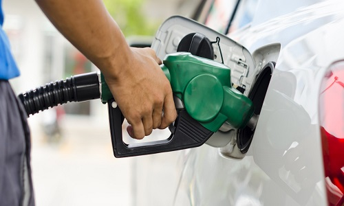 Preço médio da gasolina sobe pela 11ª semana