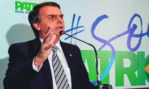 Bolsonaro é um dos deputados com imóvel que recebem auxílio-moradia