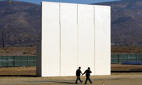 Trump quer construir muro na fronteira com México
