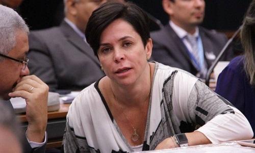 Cristiane Brasil contesta no STF suspensão de posse