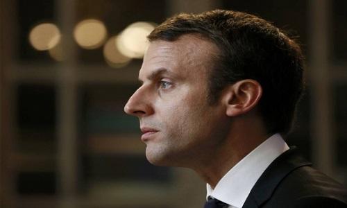 A estratégia de Macron para unificar a cultura francesa pela literatura
