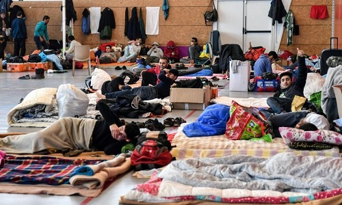 França apresenta polêmico projeto de lei sobre imigração