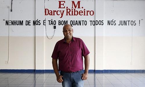 Professor do interior paulista é finalista de prêmio internacional