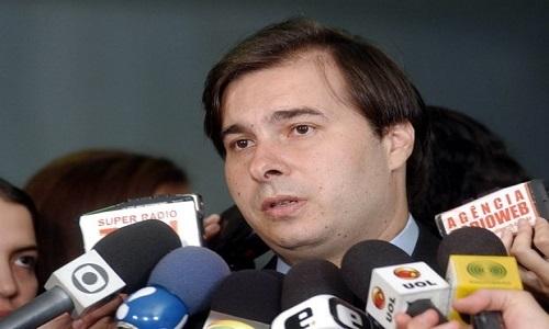 Maia diz que votar reforma da Previdência não será possível se intervenção federal na segurança do Rio estiver na pauta