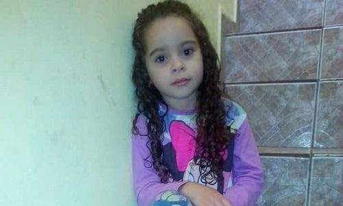 Menina de 7 anos morre após participar de 'desafio do desodorante' na internet