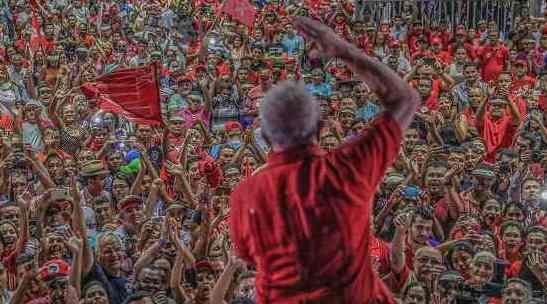 Chantagem do mercado contra Lula pode ajudar a elegê-lo