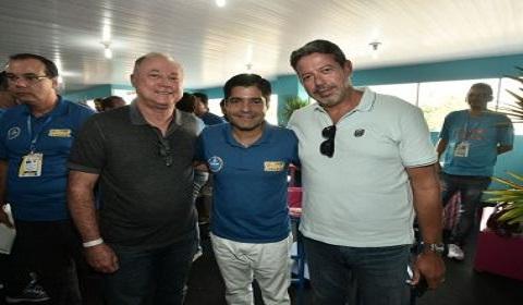 Neto se reúne com líder do PP na Câmara sobre o apoio do partido à sua candidatura