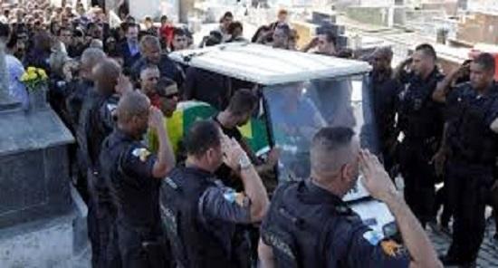 Marielle Franco ajudava famílias de policiais assassinados